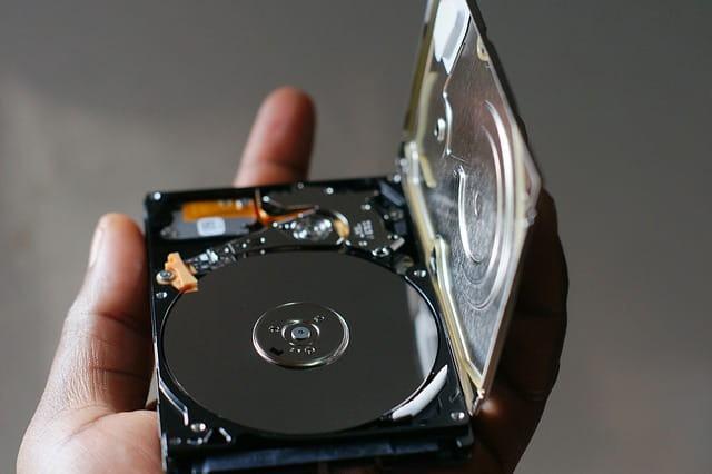 Gendan slettede filer. Vi kan hjælpe dig med datagendannelse, uanset om du har HDD eller SSD